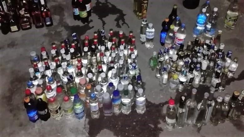 У Бердянську виявлено місце виготовлення та зберігання контрафактних спиртних напоїв