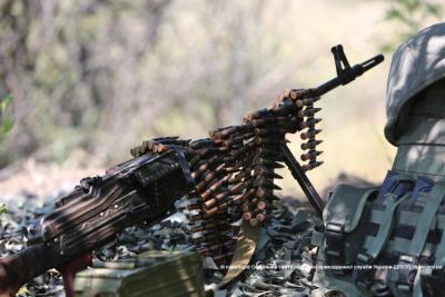 Российские оккупационные войска ночью обстреляли контрольный пост
